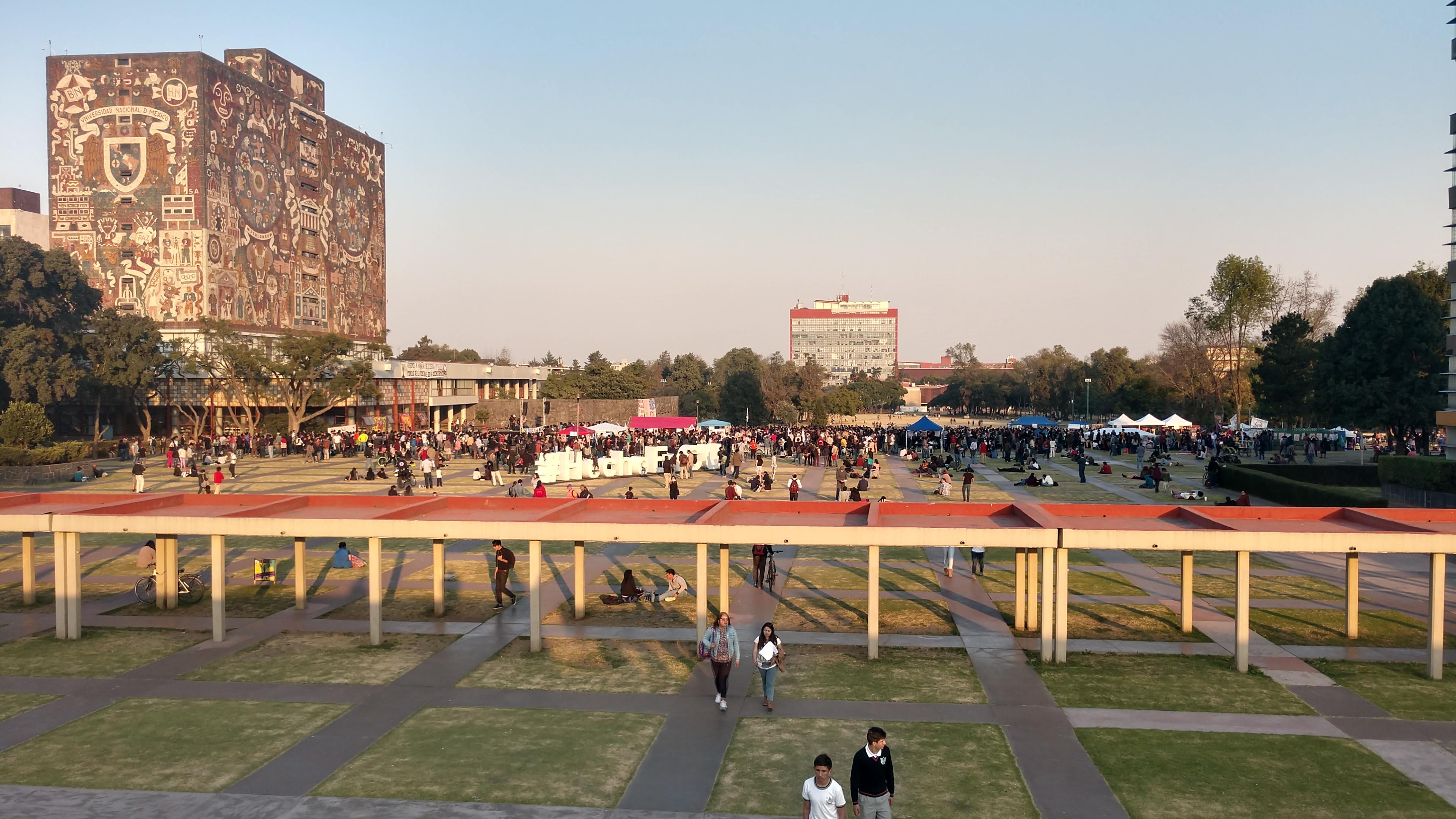UNAM abrirá sedes en otros países
