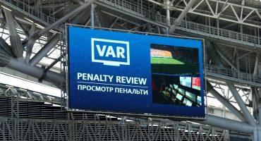 ¡Penal para Francia! La histórica decisión del VAR en Rusia 2018