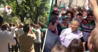 ¡A tequilazos! Aficionados festejan en la embajada de Corea en México