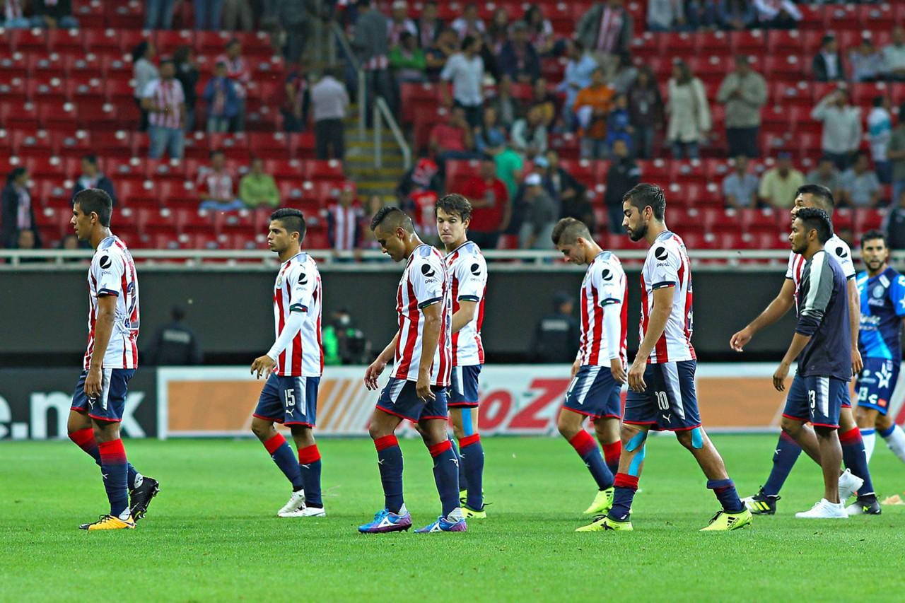 Jugadores de Chivas no asisten a examen médico