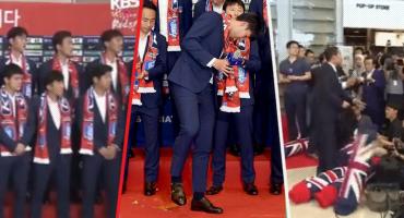 La Selección de Corea es recibida por sus aficionados con huevazos y almohadazos