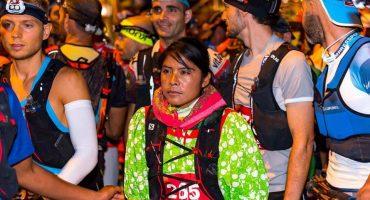 La corredora rarámuri Lorena Ramírez gana el tercer lugar en ultramaratón europeo