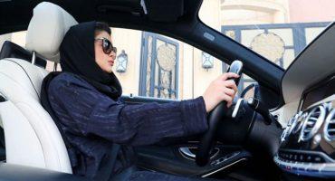 ¡Histórico! A partir de mañana las mujeres en Arabia Saudita podrán manejar