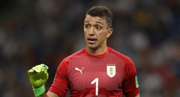 Muslera recibe su primer gol en el Mundial después de 324 minutos