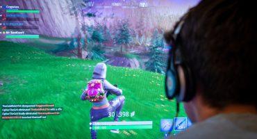 Adicción nivel: Un niño de 12 años se gastó mil dólares en Fortnite
