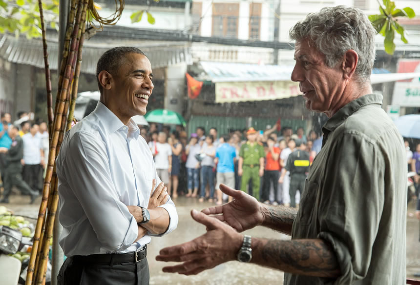 Obama se despide de Anthony Bourdain