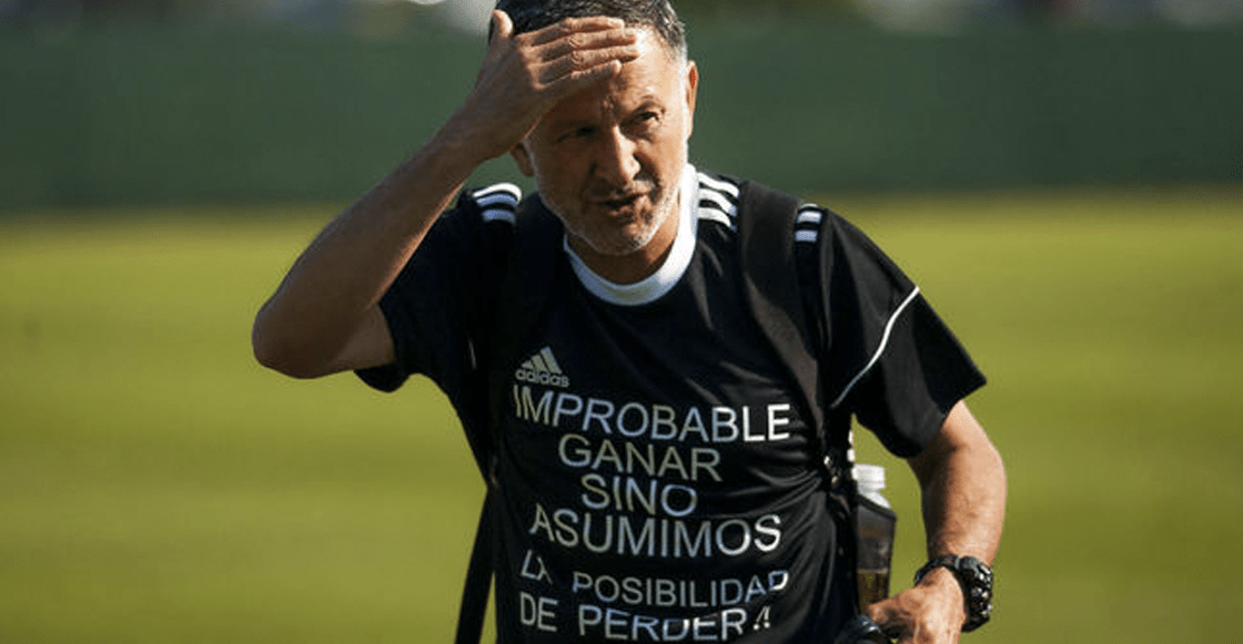 Osorio luce una camiseta para dar motivación a los jugadores