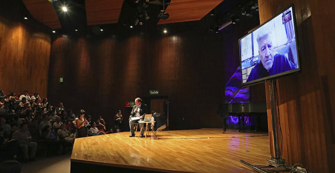 Así estuvo la plática de David Lynch en el Festival de Arte y Ciencia de la UNAM.