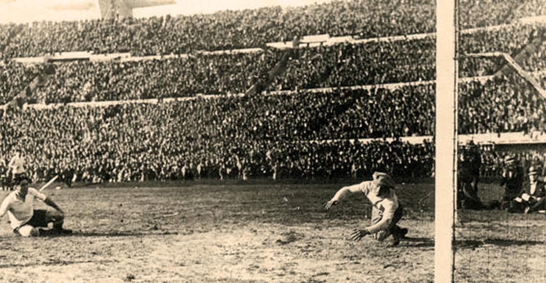 México marcó el primer penalti en la historia de los Mundiales