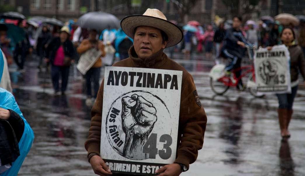 Protesta marcha Ayotzinapa