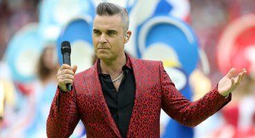 El dedo de Robbie Williams en Rusia 2018 se vuelve protagonista... de memes 