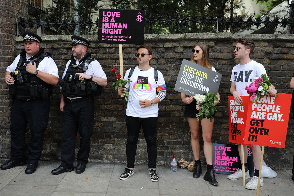 Advierten a comunidad LGBT en Rusia