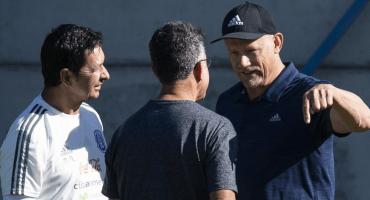 El crack Peter Schmeichel visita al TRI en Dinamarca
