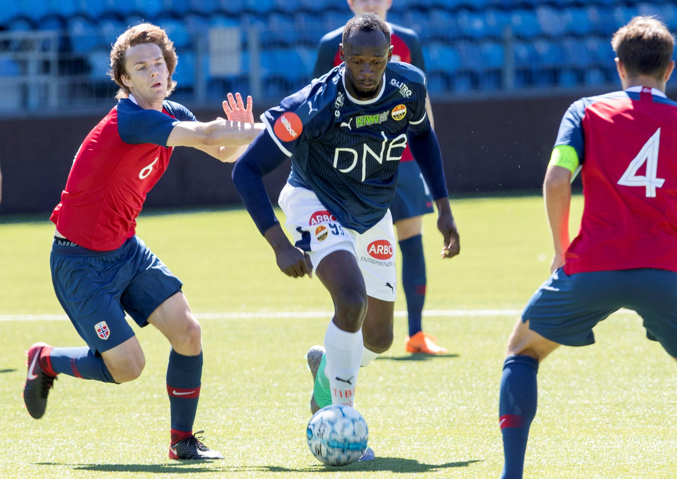 Usain Bolt debutó como futbolista