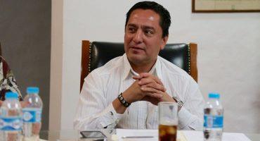 Aunque ya lo habían cesado, exlíder del PRI Morelos regresa a 'trabajar'