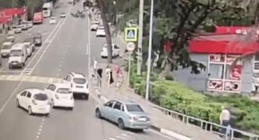 Conductor arrolla a peatones en Sochi, sede del Mundial