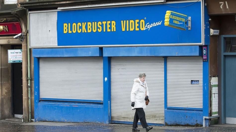 ¡Adiós a una era! Oficialmente ya sólo queda un Blockbuster en el mundo