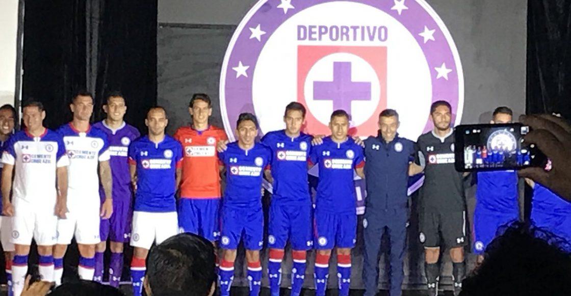 6945f45eb2c Cruz Azul presenta su nuevo uniforme para el Apertura 2018