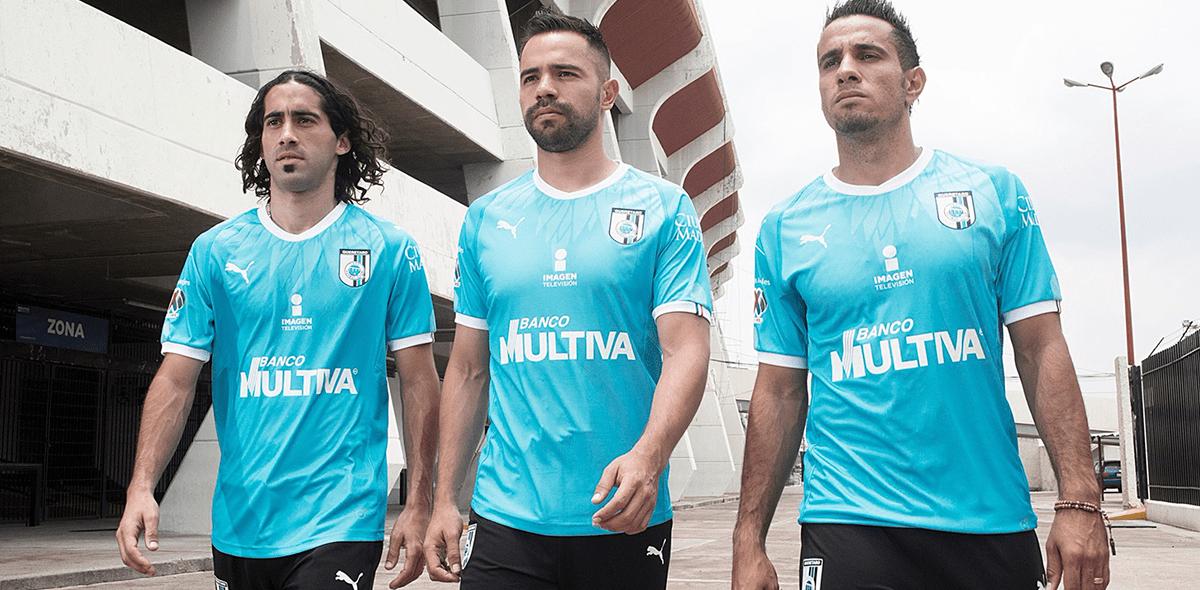 ¡Plumaje blindado! Así son los nuevo uniformes de Querétaro para el AP2018