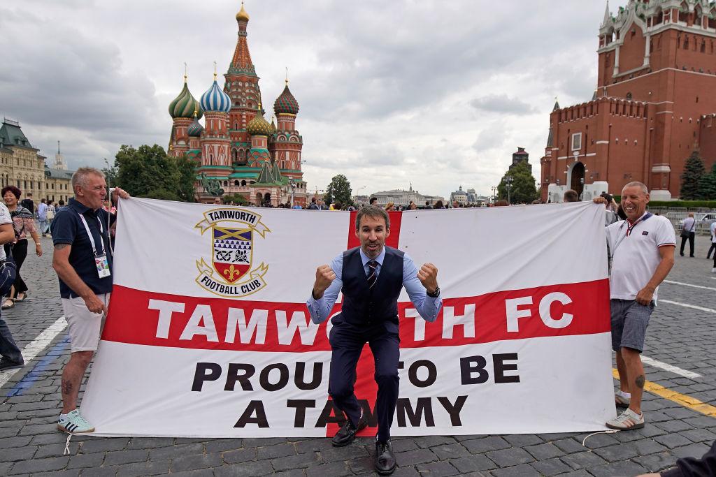 Gareth Southgate es confundido con imitador en calles de Rusia