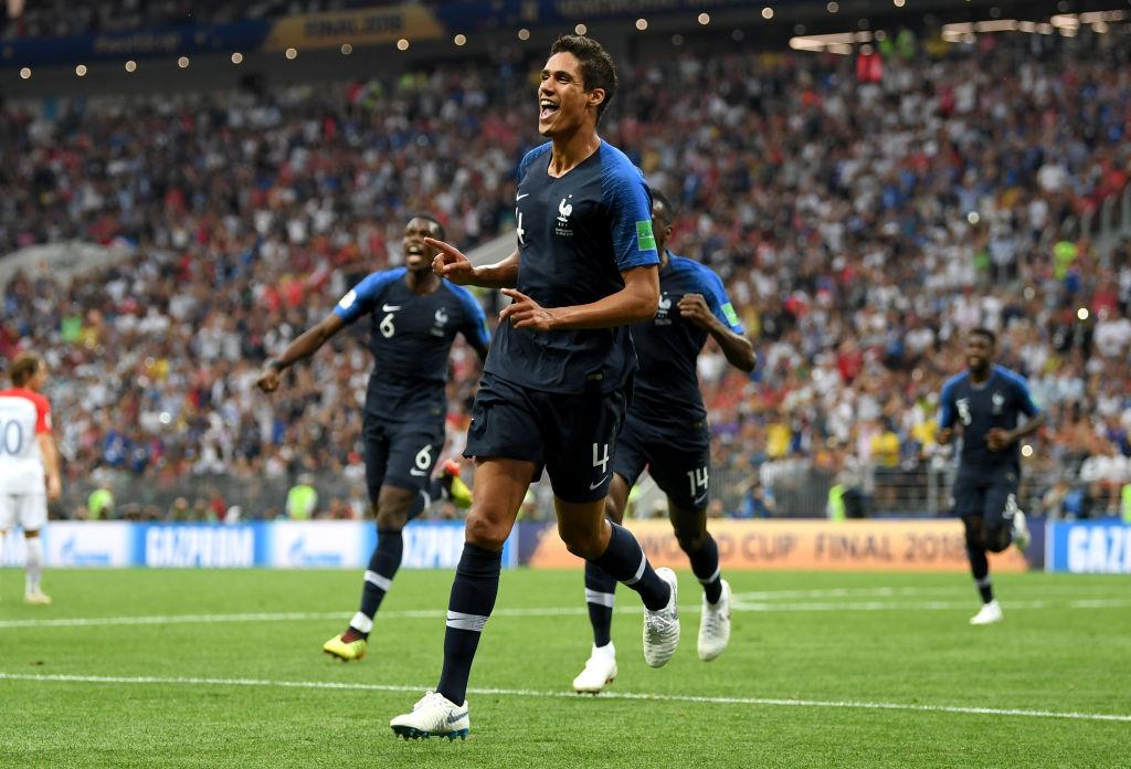 Raphael Varane nervioso por que le comparen con otros futbolistas
