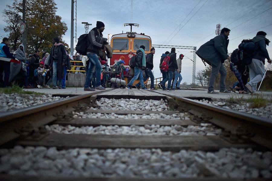 Migrantes llegan a Zagreb