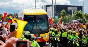 Así recibieron aficionados a la Selección de Colombia en su llegada 🇨🇴
