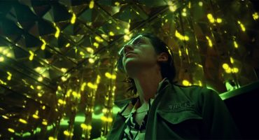 Arctic Monkeys liberó el video musical de 'Tranquility Base Hotel & Casino'