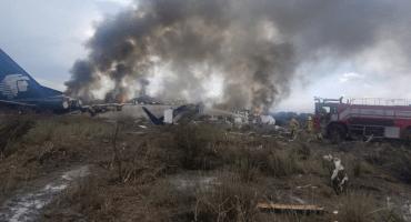 Sobreviviente del vuelo 2431 de Aeroméxico demanda a compañía en Chicago