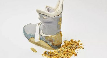 Great Scott! Uno de los Nike de 'Volver al Futuro II' fue vendido por 92 mil dólares
