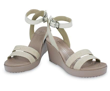 Ya hay zapatillas de Crocs porque la vida no tiene ningún sentido