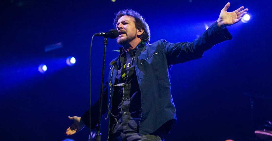 "Escucha el cover que Eddie Vedder le hizo a ""Help!"" de The Beatles"