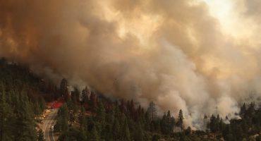 En imágenes: El gigantesco incendio forestal en California