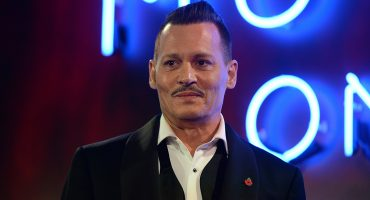 Demandaron a Johnny Depp por pegarle a un miembro de City Of Lies