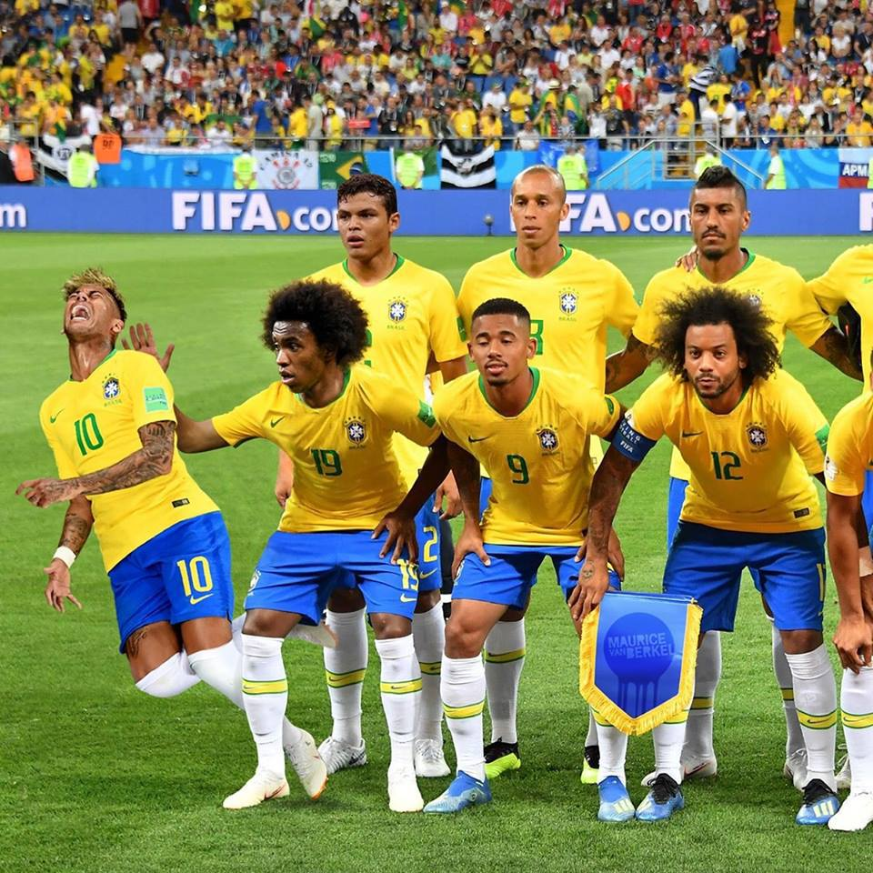 Memes del partido entre Brasil v México