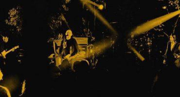 Los Smashing Pumpkins dieron un concierto en una casa y llegó la policía