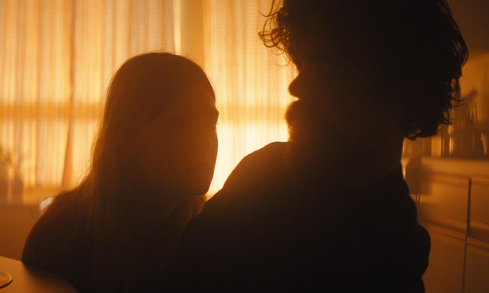 De 'The Handmaid's Tale' al misterioso tráiler de 'I Think We're Alone Now' con Peter Dinklage