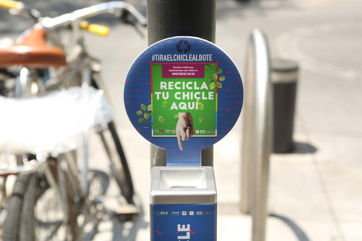 Bote de Programa de Reciclaje de Chicle en la CDMX