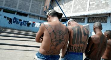 ¿Solución a la violencia? Dan cien años de cárcel a maras de El Salvador