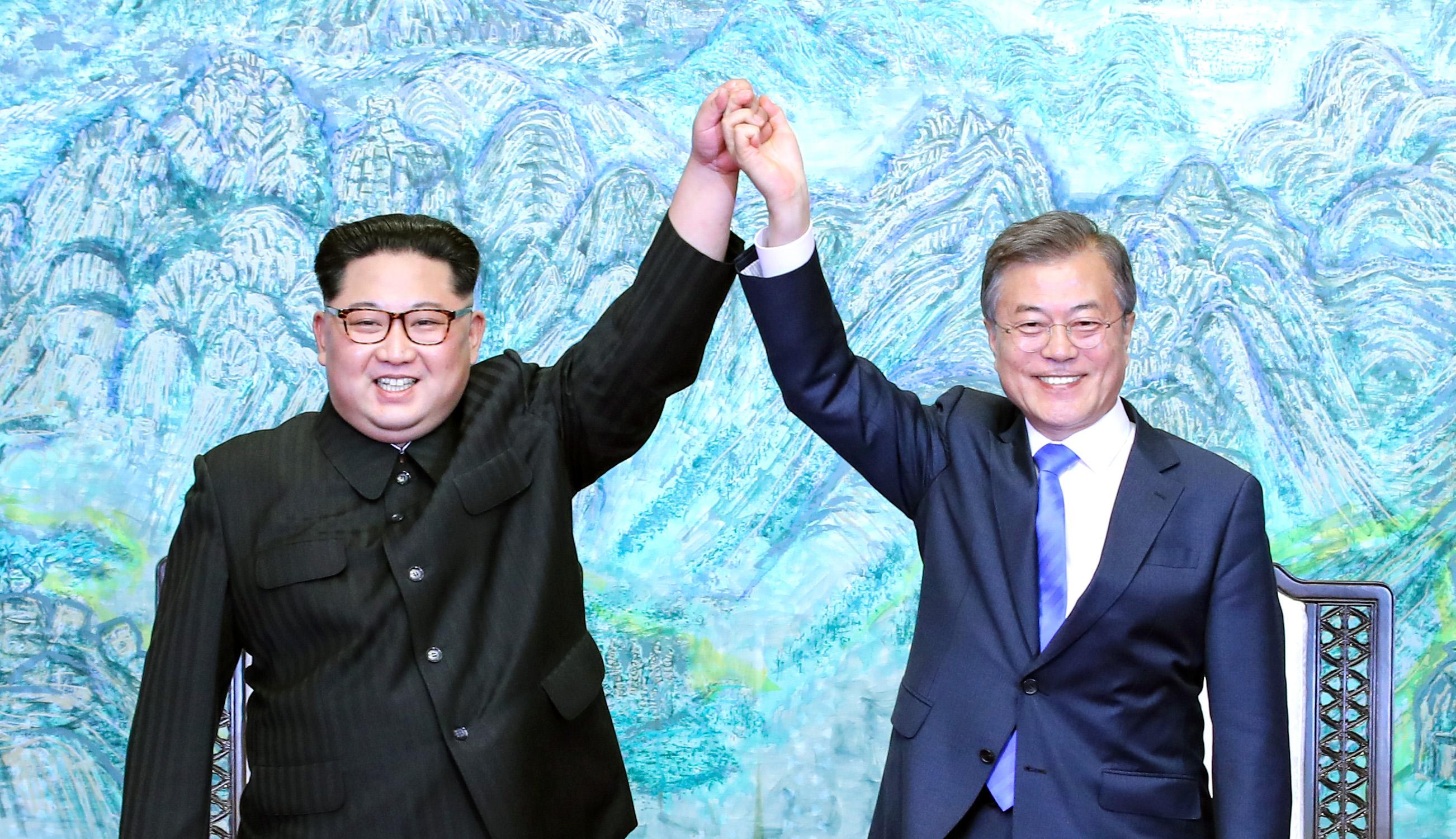 Familias de Corea del Norte y del Sur pudieron reunirse luego de 65 años
