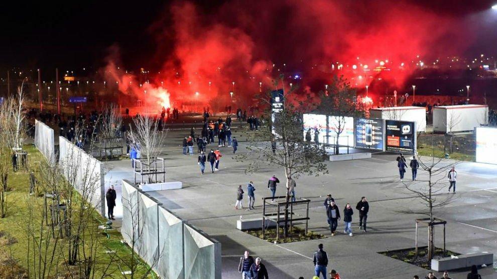 ¡Puuum! UEFA sanciona al Lyon con juego a puerta cerrada y multa económica