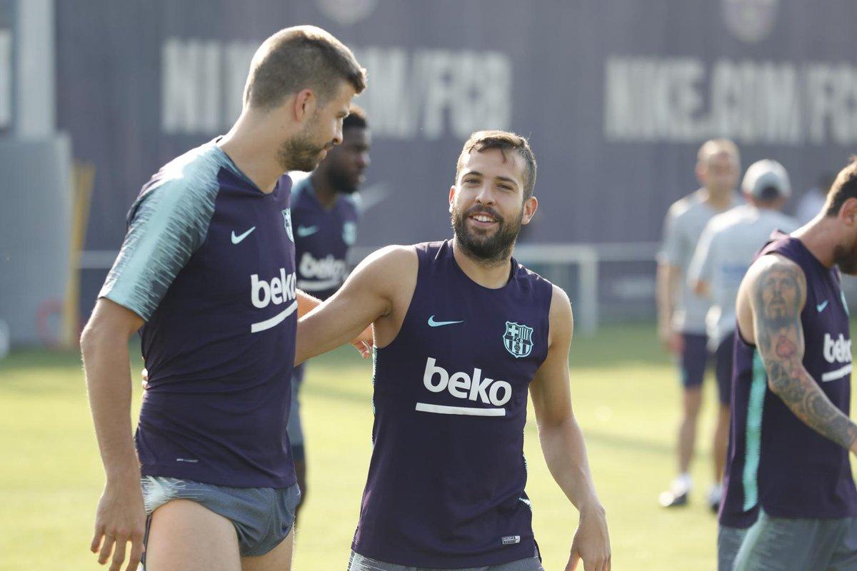 ¡Carro completo! Mundialistas ya reportaron a la concentración del FC Barcelona
