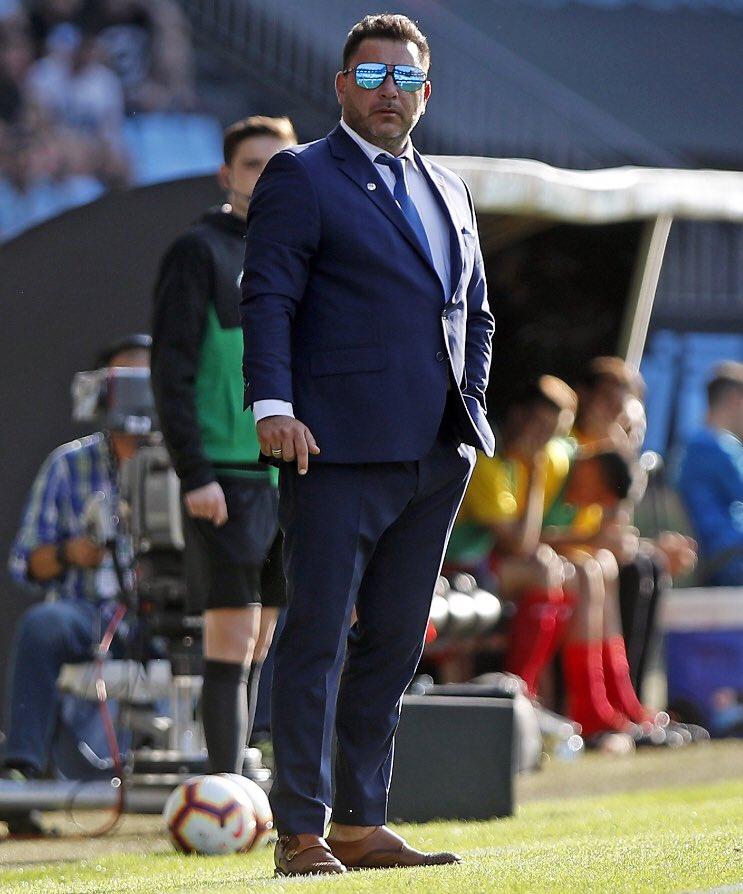 Antonio Mohamed y su outfit con el Celta hizo que Twitter explotara