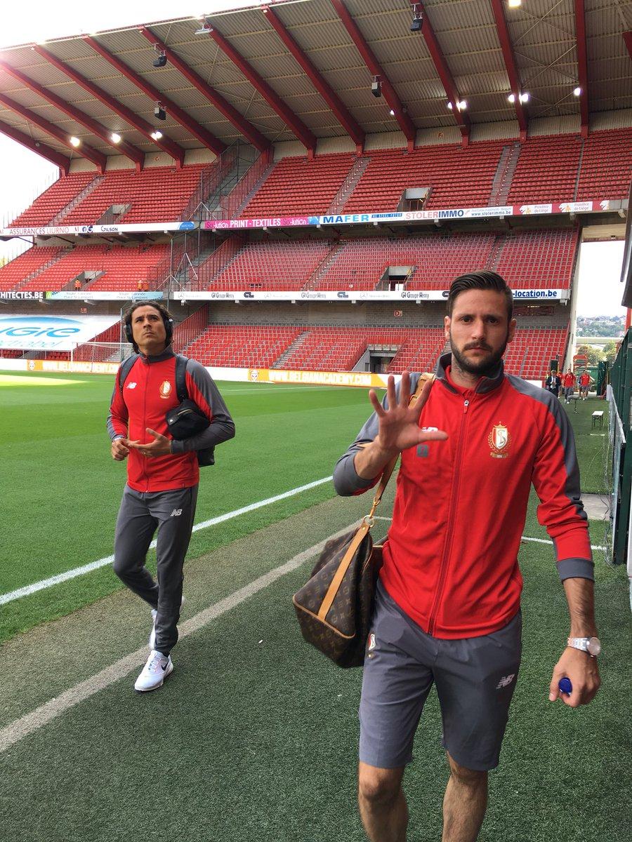 Guillermo Ochoa y Standard Lieja empatan sin goles en inicio de temporada
