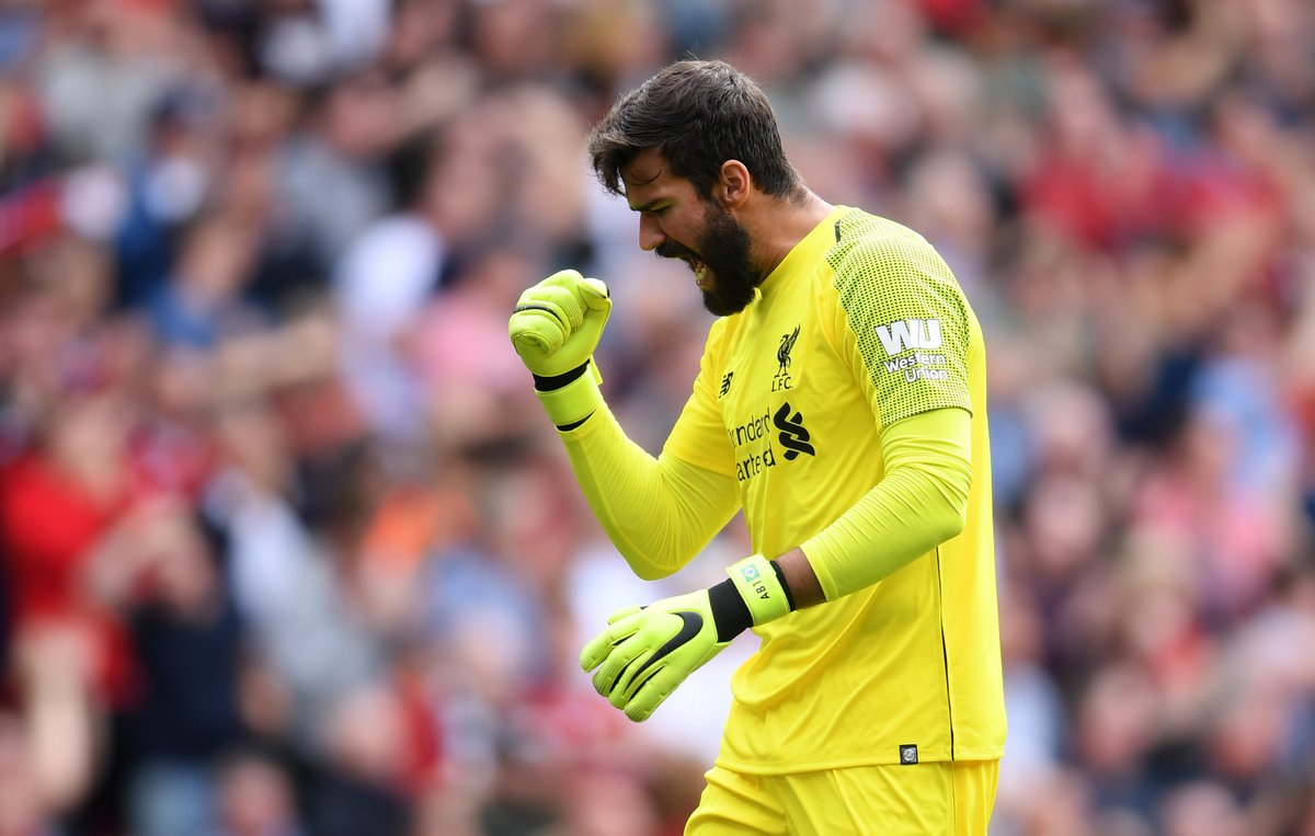 Liverpool golea al West Ham; Southampton y Burnley reparten puntos con empate