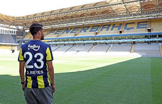 Diego Reyes oficialmente es nuevo jugador del Fenerbahce de Turquía
