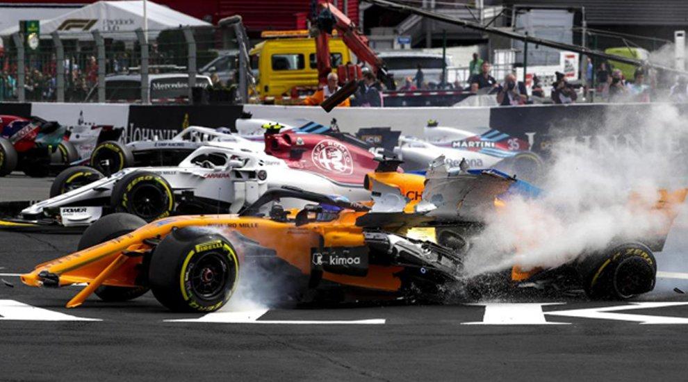 ¡Increíble! Fernando Alonso sufre tremendo impacto en el GP de Bélgica