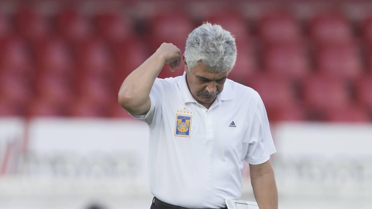 La historia dice que al 'Tuca' no le gusta trabajar con futbolistas jóvenes