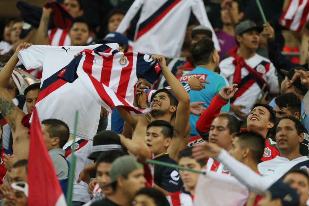 WTF? Chivas estrenará uniforme especial para Mundial de Clubes y una película