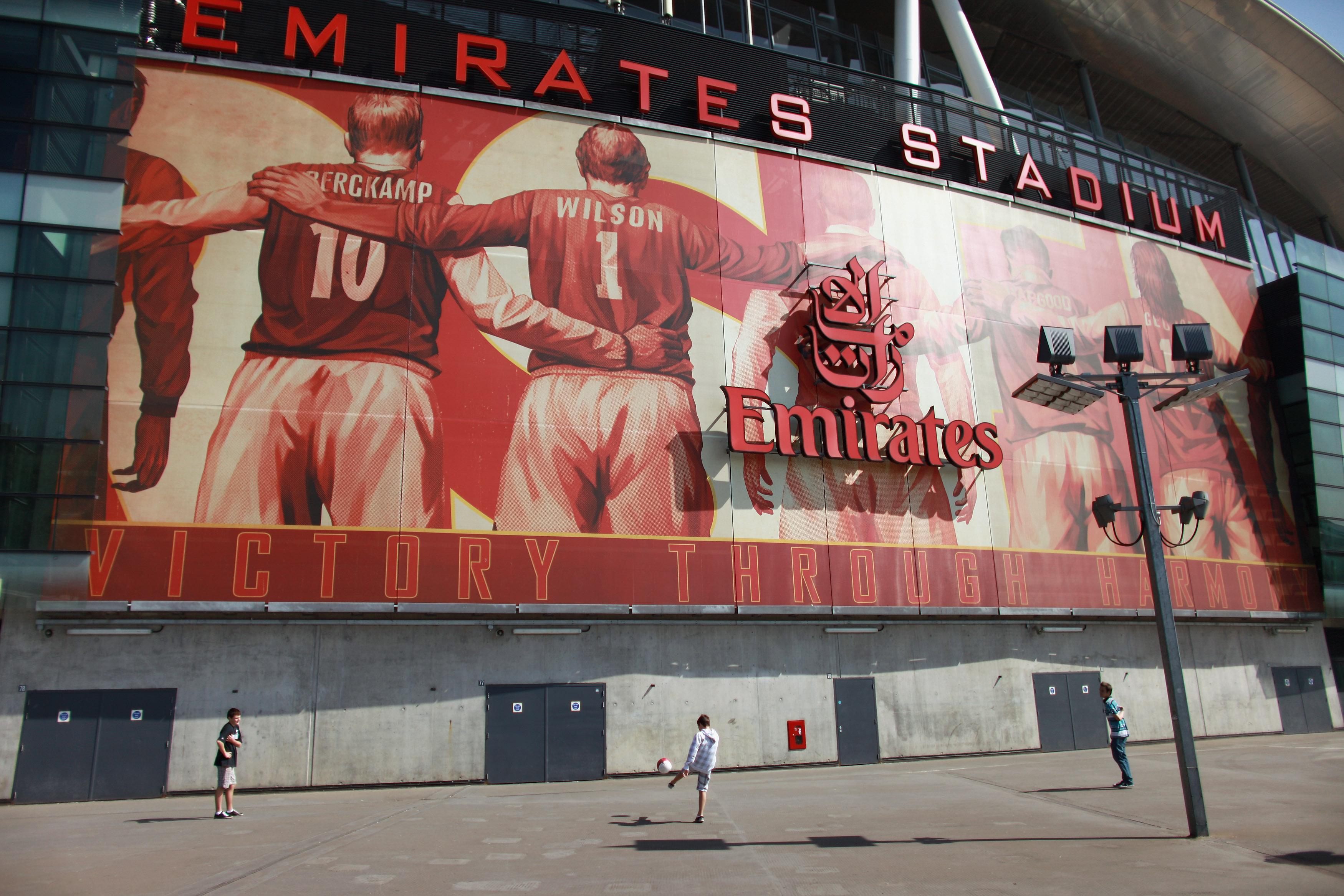 Socio mayoritario del Arsenal quiere comprar totalidad del club de Premier League